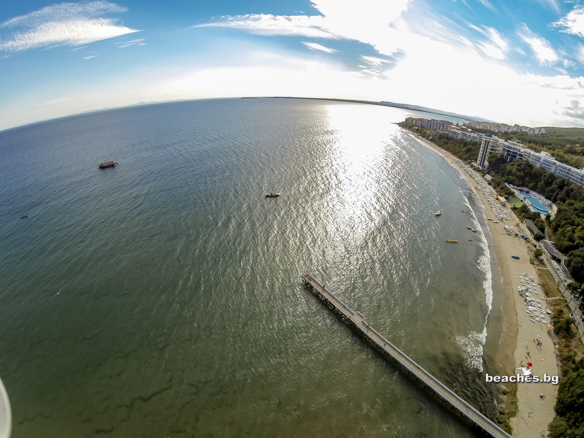 beaches.bg - Плаж Робинзон, Свети Влас, България
