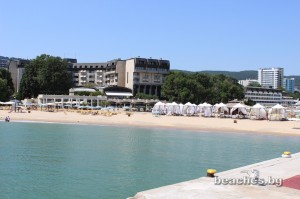 goldan-sands-reviera-beach-13