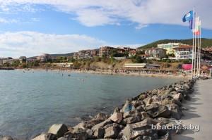 3-sain-vlas-yacht-beach-10