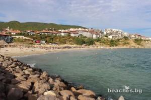 3-sain-vlas-yacht-beach-11