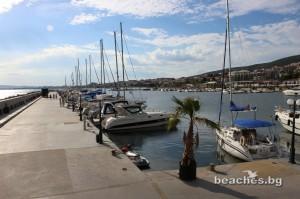 3-sain-vlas-yacht-beach-15