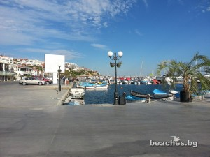3-sain-vlas-yacht-beach-3