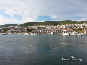 3-sain-vlas-yacht-beach-4